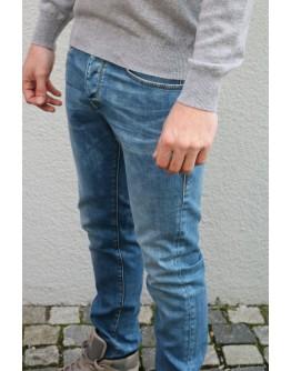Jeans Tyler Tapered Valor